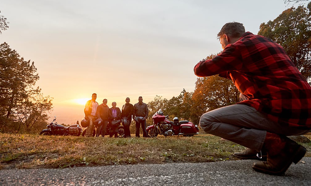 group-photo-while-on-motorcycle-tour